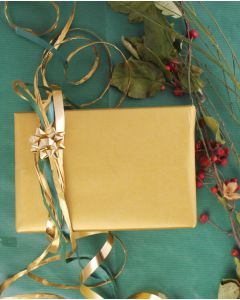 Geschenkpapier mit Gold.  B 40 cm.